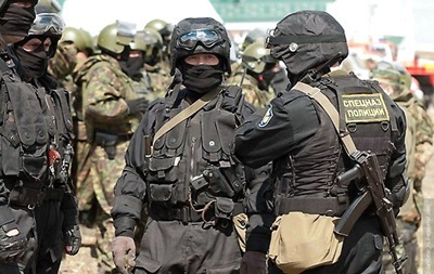 Во время штурма аэропорта Краматорска ранен военнослужащий - Минобороны