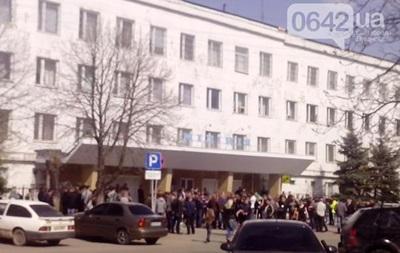 У Стаханові Луганської області штурмували міліцейський відділок