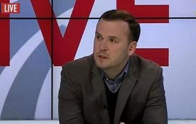 В обществе появился спрос на радикалов в политике - эксперт