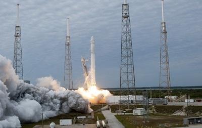 Космический грузовик Dragon в третий раз успешно стартовал к МКС
