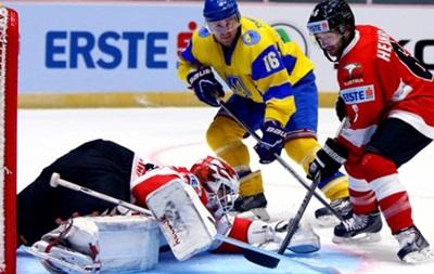 Хоккейный чемпионат мира: Спорный гол принес Украине поражение в стартовом матче