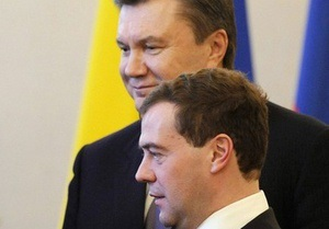 Янукович и Медведев взяли под патронаж празднование 200-летия со дня рождения Шевченко