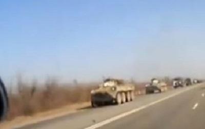 В РФ возле украинской границы замечено движение российских танков