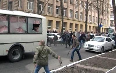 У Харкові міліція затримала організатора нападу на автобус ВВ