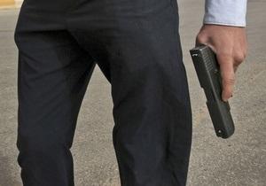 В Донецкой области в банке застрелился инкассатор