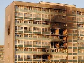 В Лондоне возник пожар в многоэтажном жилом доме: погибли двое детей