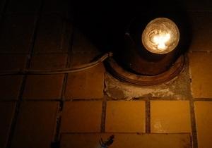 В Киеве отремонтируют освещение возле жилых домов