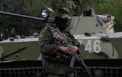 В Былбасовке местные жители блокируют передвижение военной техники - Донецкая ОГА