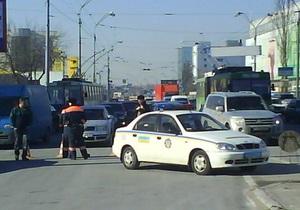 Милиция проверяет информацию о минировании столичного рынка Петровка