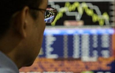 Рынок акций РФ открылся снижением