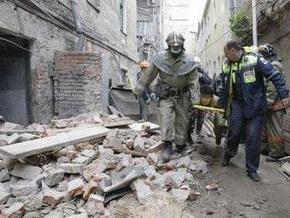 Спасательная операция в обрушившемся в Москве доме продолжается