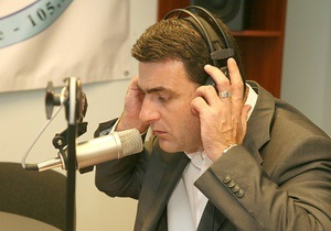 Евродепутат предупредил Киев, что безвизовый режим с ЕС повлечет отток дееспособного населения