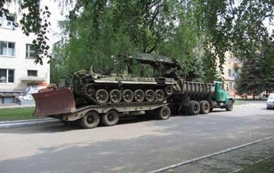 В Краматорске вооруженные люди ограбили крупный завод - СМИ