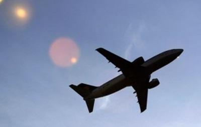 Сингапурский самолет был вынужден совершить посадку из-за семейной драки на борту