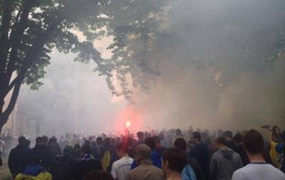 В Полтаве проходит марш ультрас за единство Украины