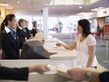 В Кардиффе женщина без проблем села на самолет с паспортом мужа