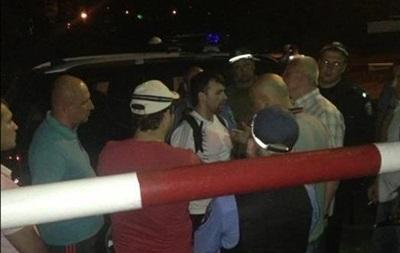 В Харьковской области активисты Дорожного контроля блокируют работу сотрудников ГАИ