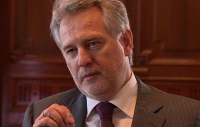 Аксенов пригрозил отобрать у Фирташа заводы в Крыму