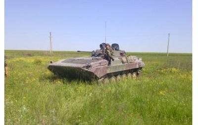 В Мариуполь направляется бронетехника с флагами  ДНР – СМИ