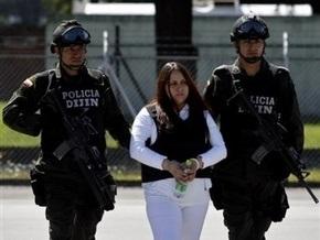 В США экстрадирована глава повстанцев Колумбии