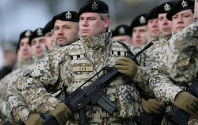 СМИ: Латвия рассмотрит возможность участия в военных учениях в Украине