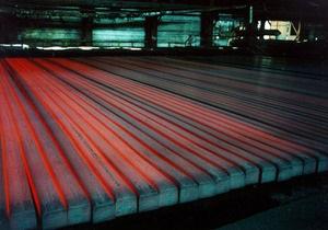 Ъ: Украинские металлурги увеличивают производство