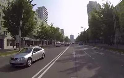 Сингапурский фотограф снял видеотур по столице Северной Кореи