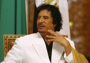 ЮАР опровергла сообщения о предоставлении самолета для эвакуации Каддафи