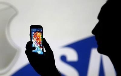 Apple требует пересмотра судебной тяжбы с Samsung