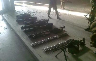 Аваков: В аэропорту Донецка нашли завезенное из России оружие