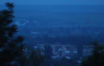 Боевики в Славянске открыли огонь из артустановки – центр АТО