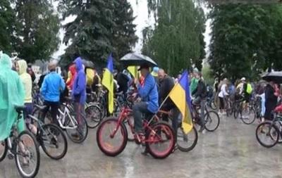 В Сумах прошел велопробег за единство Украины