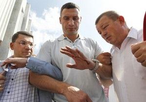 Кличко в Москве объяснил, что в Украине нет проблем с русским языком