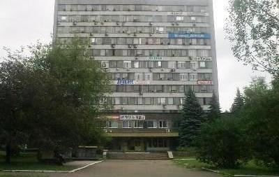В Донецке вооруженные люди увезли главредов двух газет