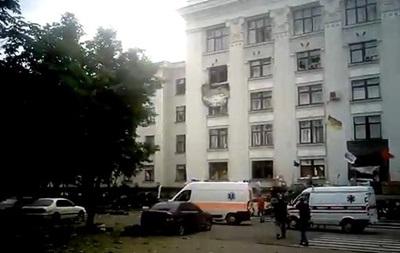 В здании Луганской ОГА прогремел взрыв