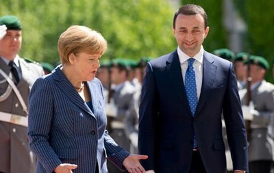 Меркель не видит необходимости во вступлении Грузии в НАТО