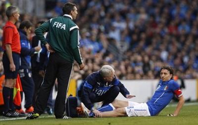 Полузащитник сборной Италии перенес операцию на ноге