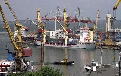 Украина может временно закрыть порты в Крыму