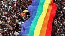 В Петербурге вводят штраф за пропаганду гомосексуализма