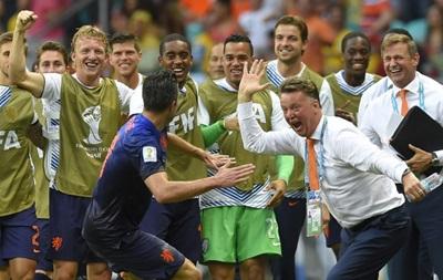 Чемпионат мира: Голландия смяла оборону Испании