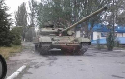Госдеп США обвинил РФ в поставках танков на юго-восток Украины