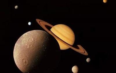 Ученым NASA удалось  понюхать  спутник Сатурна