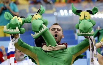 Фотогалерея. Змей из России и алжирский орел: Лучшие кадры фанатов на ЧМ-2014