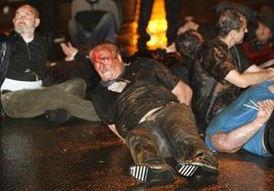Фотогалерея: Темная ночь. В Тбилиси спецназ разогнал акцию противников Саакашвили