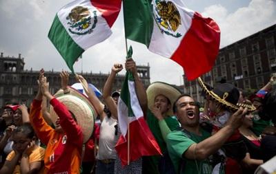 FIFA завела дело на Мексику из-за плохого поведения фанатов на ЧМ-2014