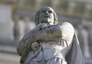 От Елизаветы II потребовали признать Шекспира итальянцем