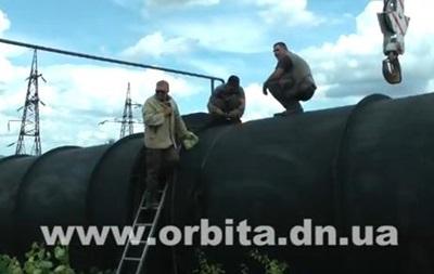 Вооруженные люди обстреляли бригаду, которая ремонтировала водопровод на Донбассе