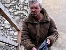 Львовских бомжей используют для уборки города к Пасхе