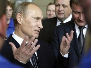 Путин осмотрел образцы российского оружия и рассказал, как проводит выходные