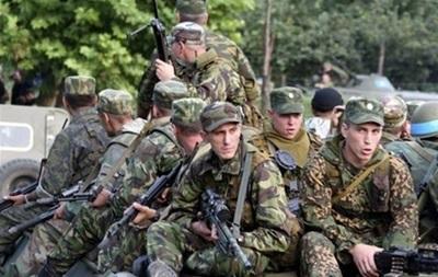 Раде предлагают разрешить владельцам оружия бесплатно передавать его на нужды армии